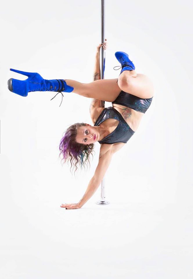 Jena - pole handstand | guest instructor